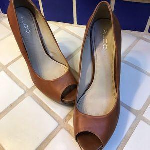 Aldo cognac leather heel